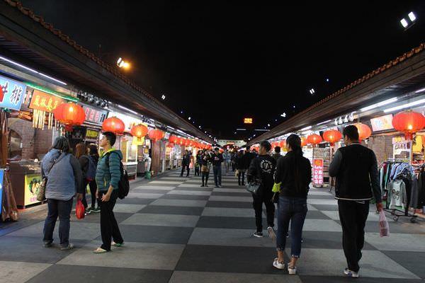【花蓮。食】東大門國際觀光夜市 - 金大佛的奪門而出家網誌