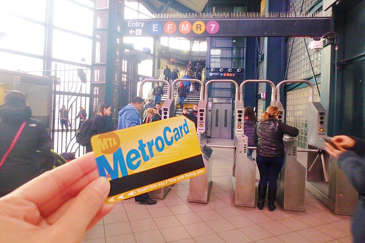 紐約地鐵 一篇看懂紐約地鐵怎麼坐?怎麼買票?乘地鐵玩翻紐約! - 劈腿女孩Yaya