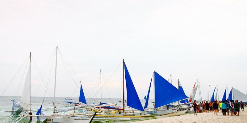 【長灘島旅遊】菲律賓長灘島旅遊必玩水上活動分享:夕陽帆船&拖曳傘&飛魚 長灘島自由行攻略