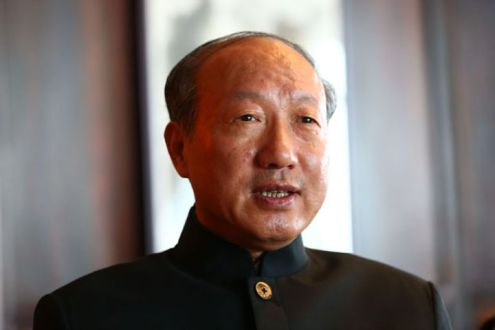 Chen Feng Stands Atop HNA Group After Co-Founder Died in Accident