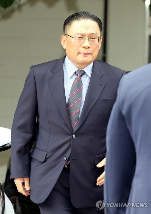 지난 8일 군 검찰에 소환된 박찬주 대장