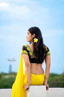 Dharsha Gupta Hot Pics In Yellow Saree