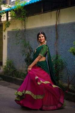 Meenakshi Govindharajan Hd Pics In Half Saree 3