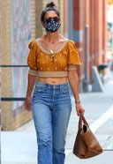 Katie Holmes Spotted Shopping At Manhattan's Soho Area