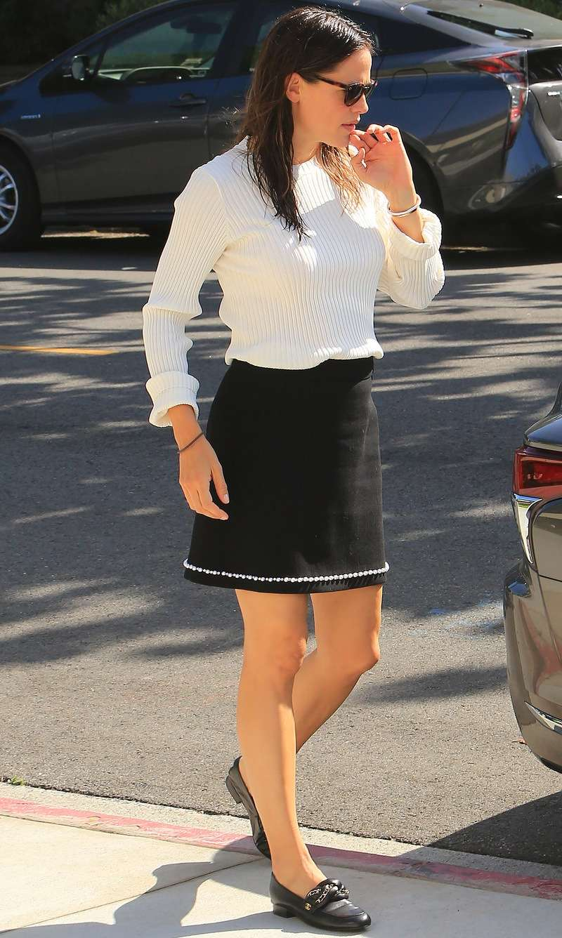 JenniferGarner Spotted Going To Church In Los Angeles