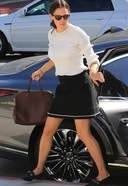 Jennifer Garner Spotted Going To Church In Los Angeles 03. o 128w 186h