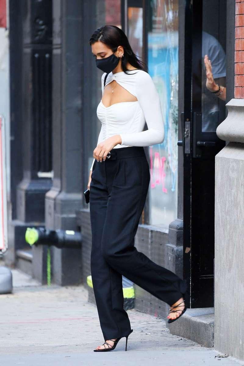 Dua Lipa Spotted In The Greenwich Village