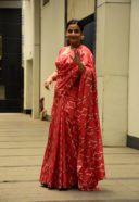 Vidya Balan spotted at at Siddharth Roy Kapoors office 13