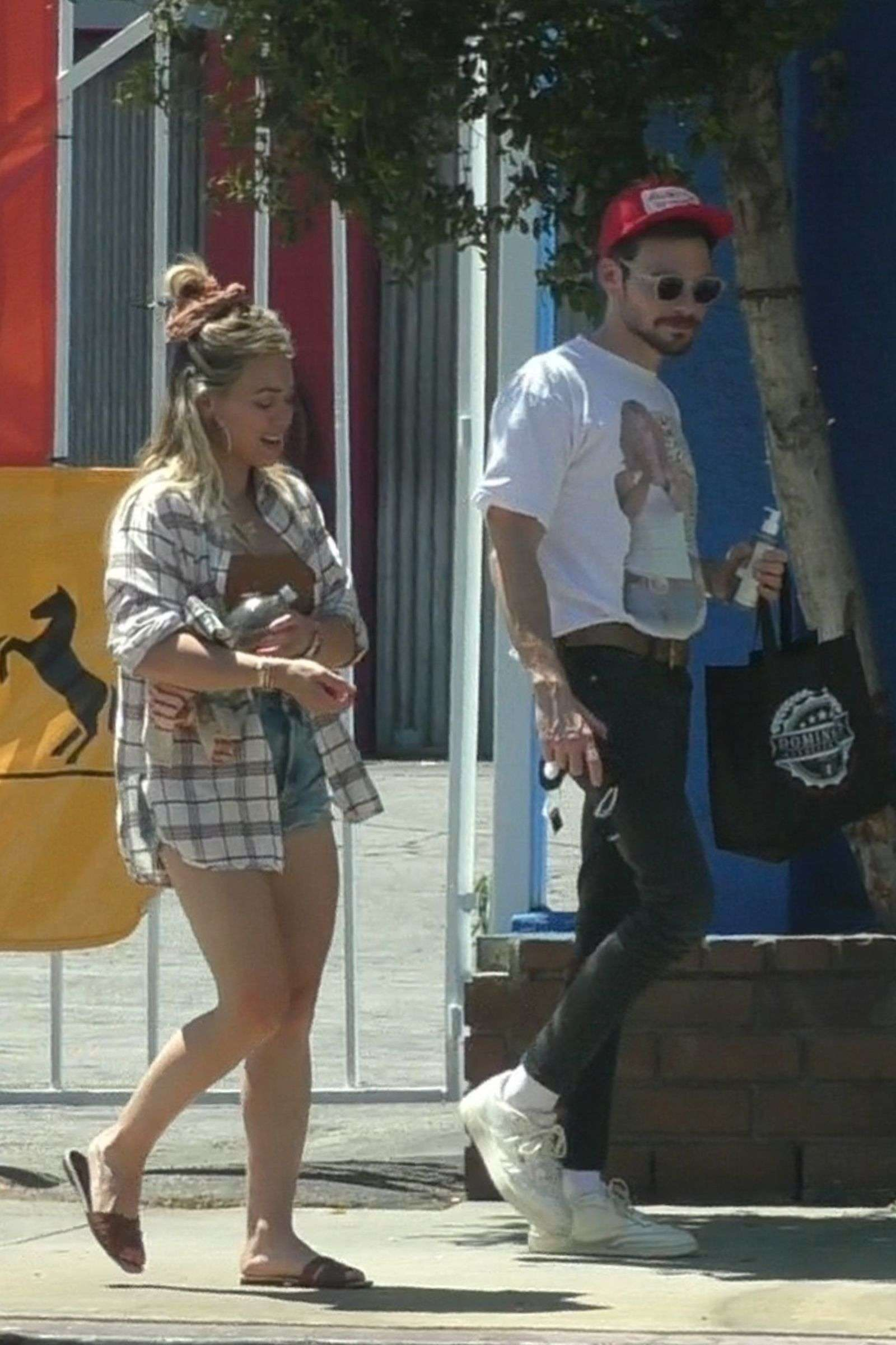 Hilary Duff and Matthew Koma grab a bite at Domingo's Italian Deli