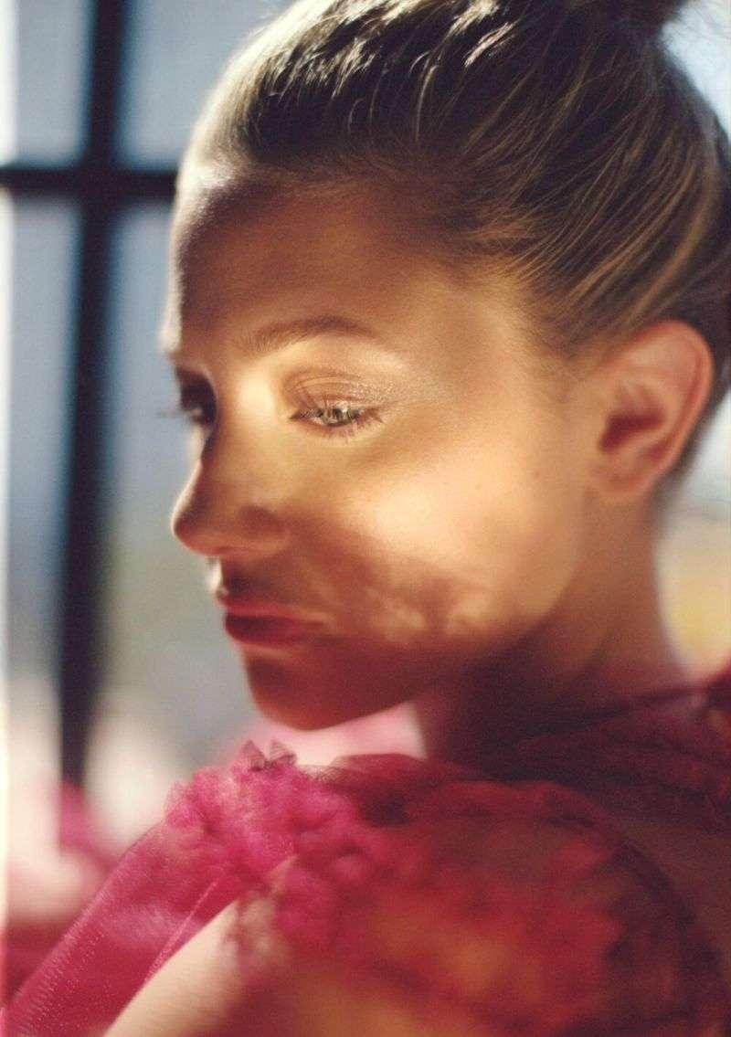 Lili Reinhart Hot Photoshoot For Flaunt Magazine August 2020
