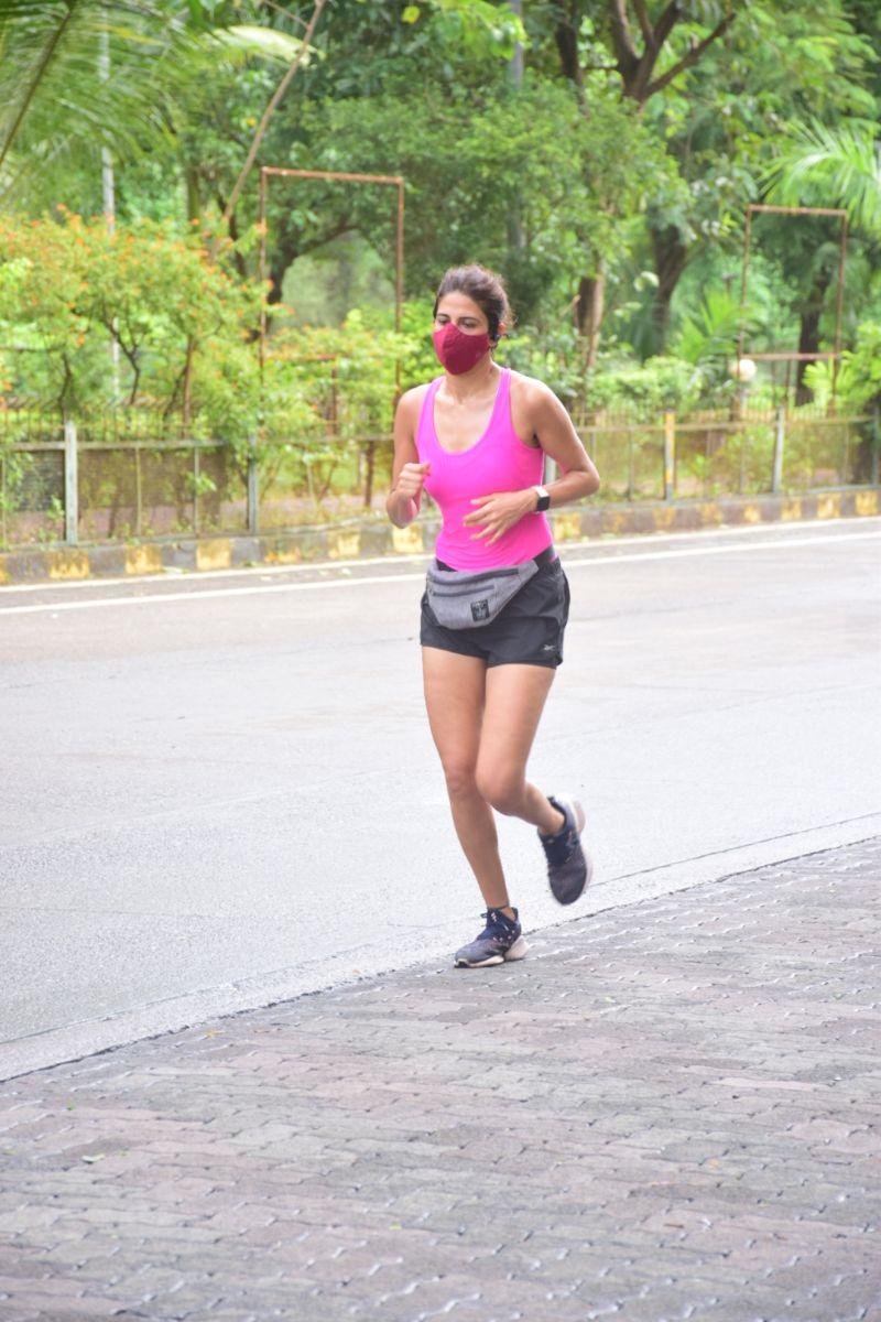 Ahana Kumra Hot morning Jogging Photos at andheri