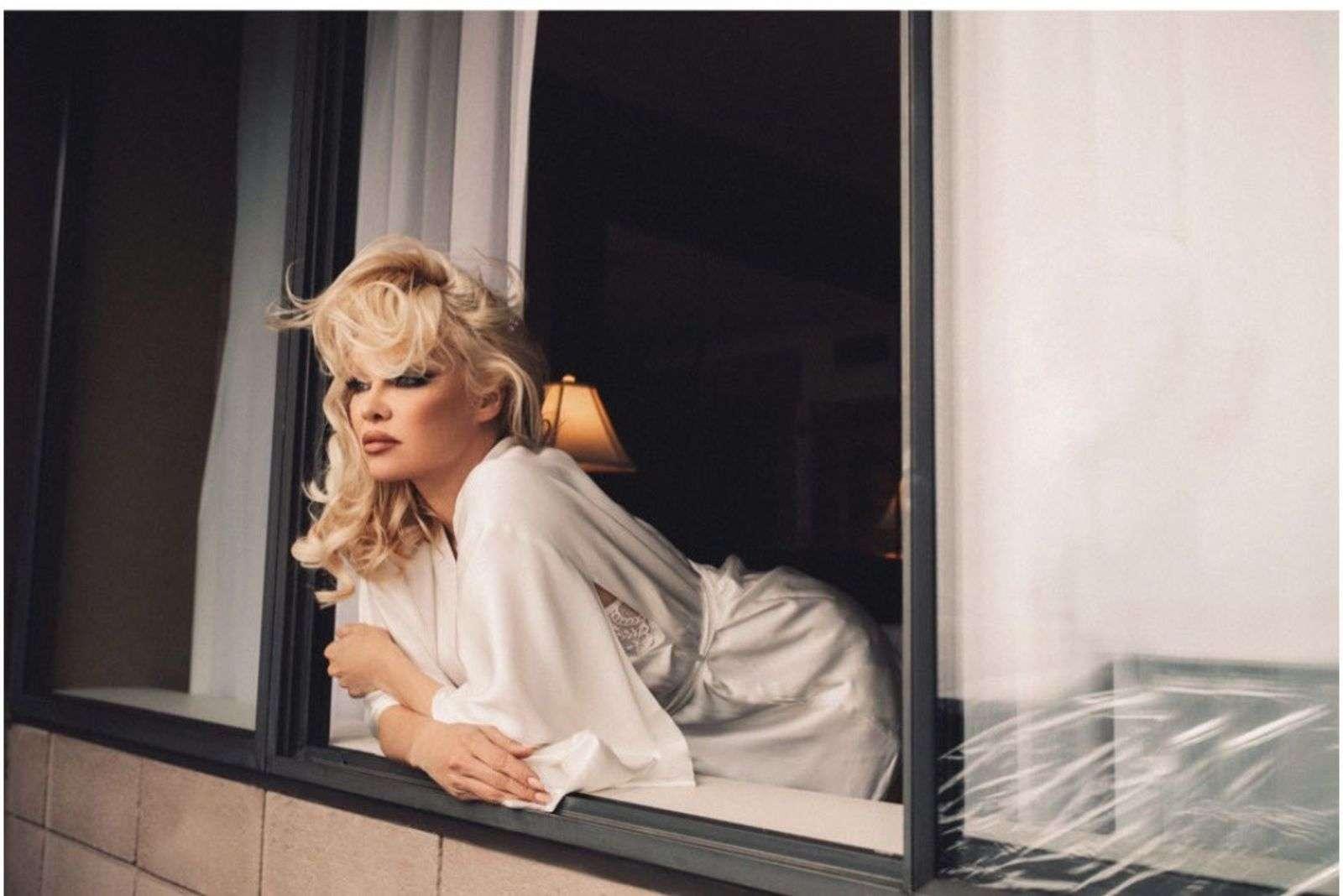 Pamela Anderson Karolina Turek Photoshoot Images and Photos HD