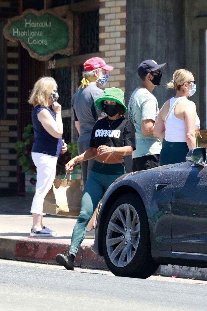 Vanessa Hudgens makes a pit stop at a local restaurant in Los Feliz California