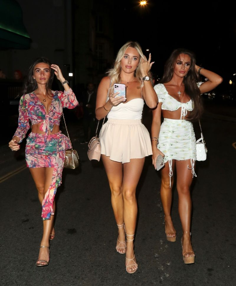 Amber Turner and some friends Pictures in London
