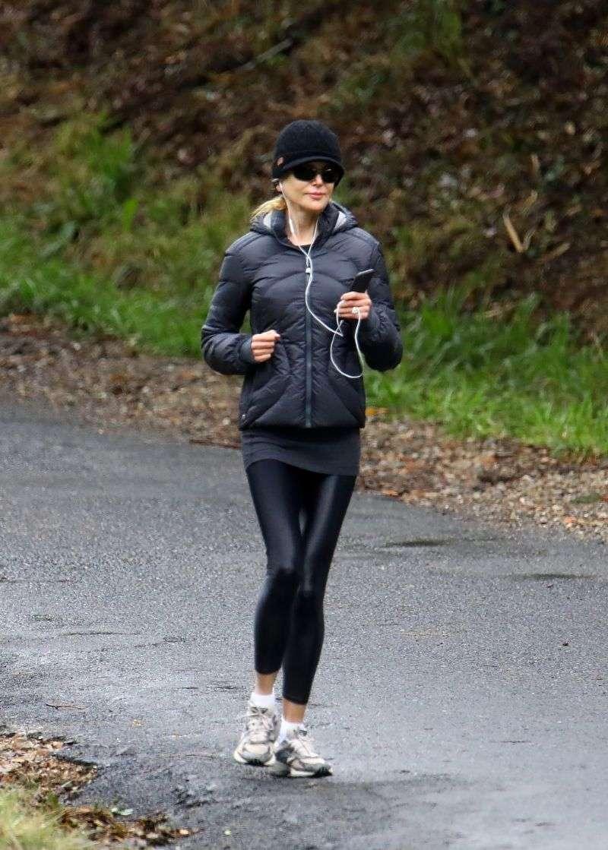 Nicole Kidman morning run Photos in Byron Bay
