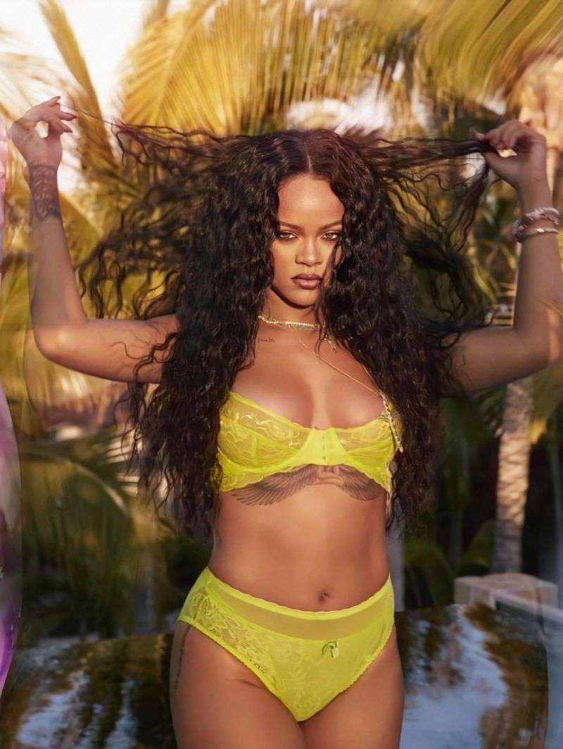 Rihanna Hot PhotoShoot For Savage X Fenty's Campaign 2020