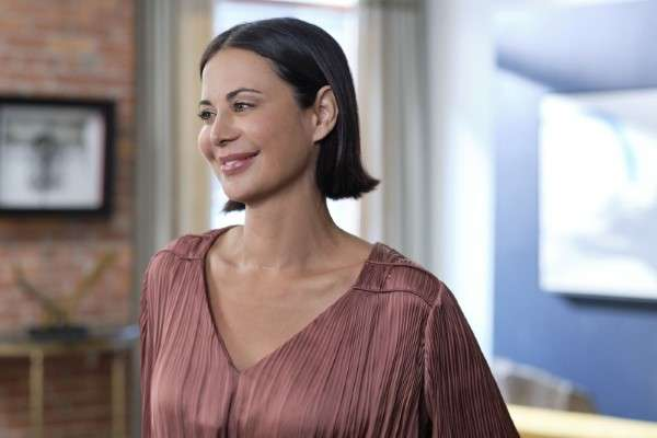 Catherine Bell Stills For Good Witch S6 (2020) Poster