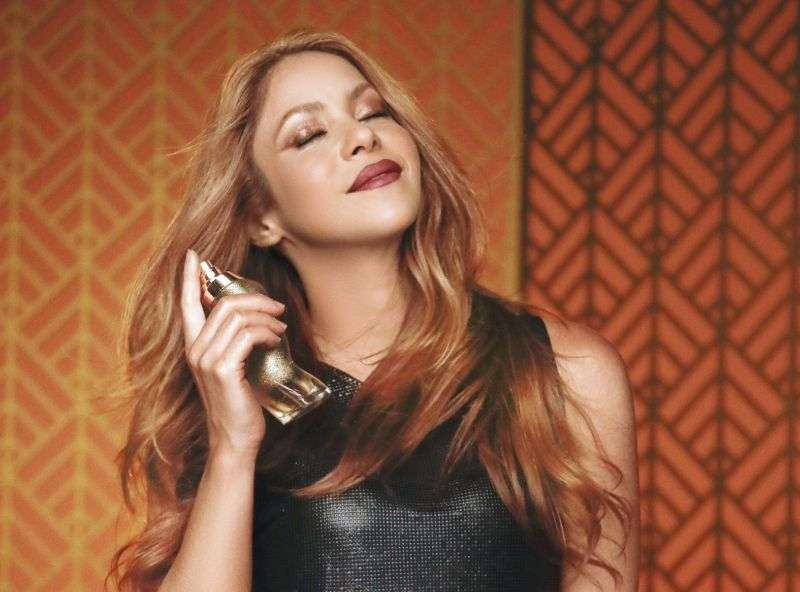 Shakira Perfume Hot Photos For Dance Midnight HD