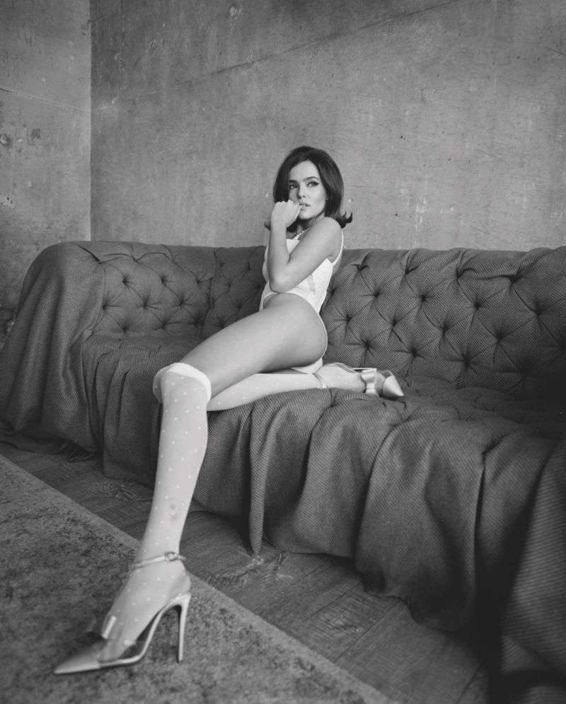 Zoey Deutch Sasha Samsonova photoshoot for Rollacoaster magazine Autumn Winter HD