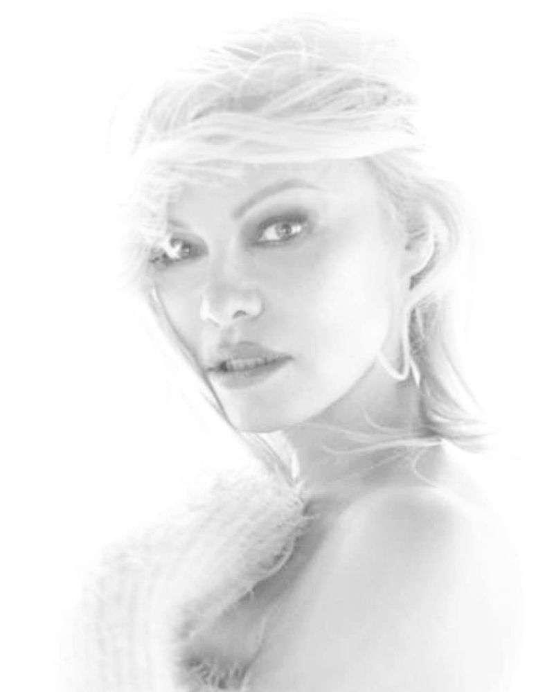 Pamela Anderson Hot PhotoShoot For Antoine Verglas HD