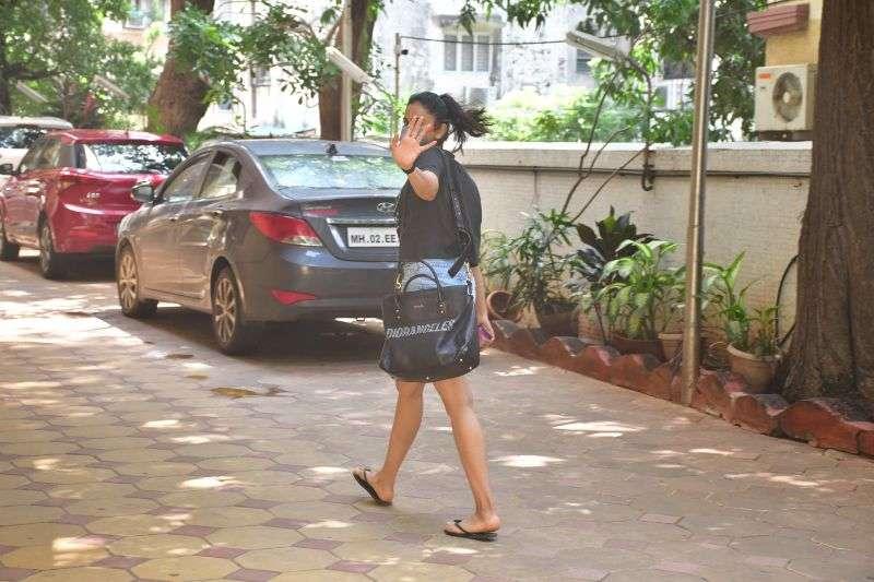 Rakul Preet Singh Latest Pics at bandra HD