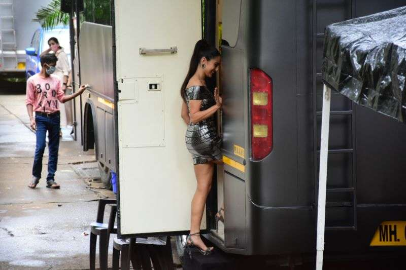 Sara Ali Khan Hot Images at Mehboob Studio in bandra HD
