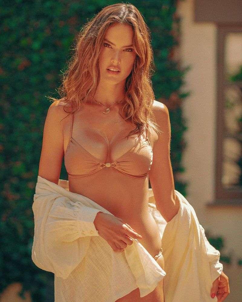 Alessandra Ambrosio PhotoShoot campaign for its brand of swimwear Gal Floripa 2020 HD