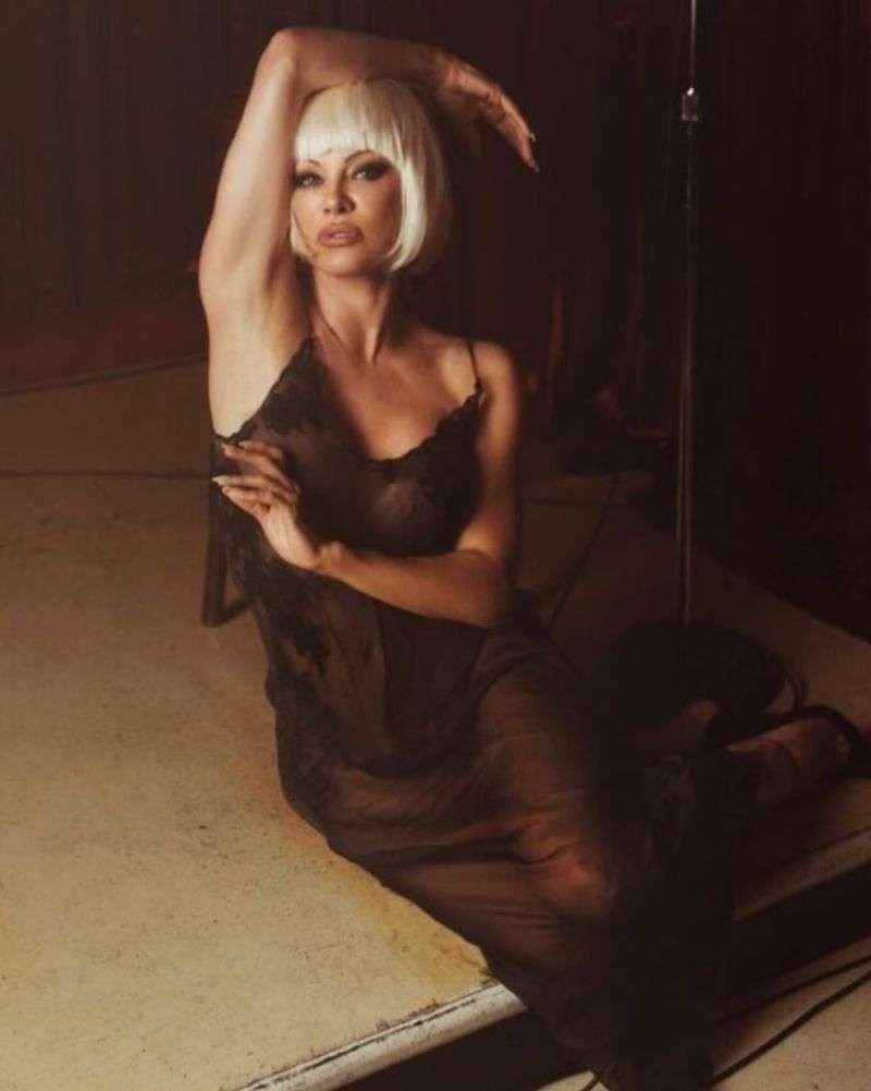 Pamela Anderson - Liz Rosa Photoshoot 2020 HD