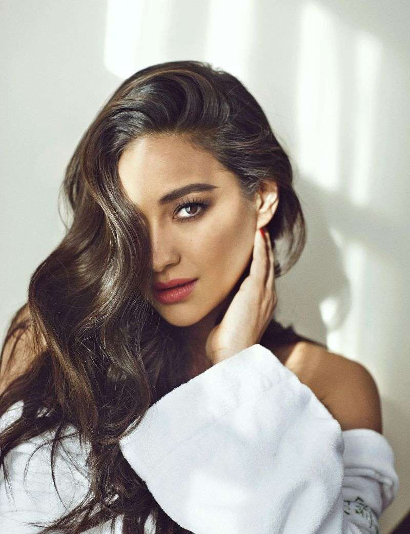 Shay Mitchell Cosmopolitan Middle East & Spain HD Photos