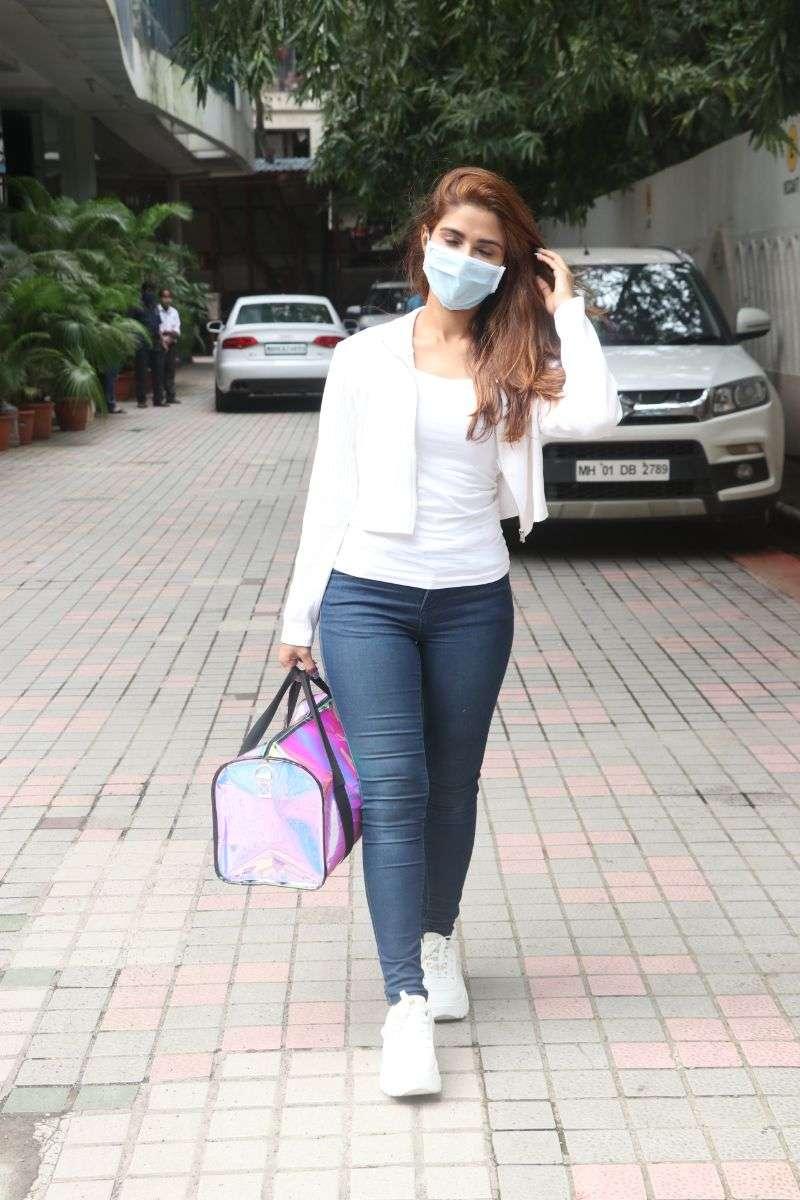Pranutan Bahl Latest Hot Photos at andheri HD