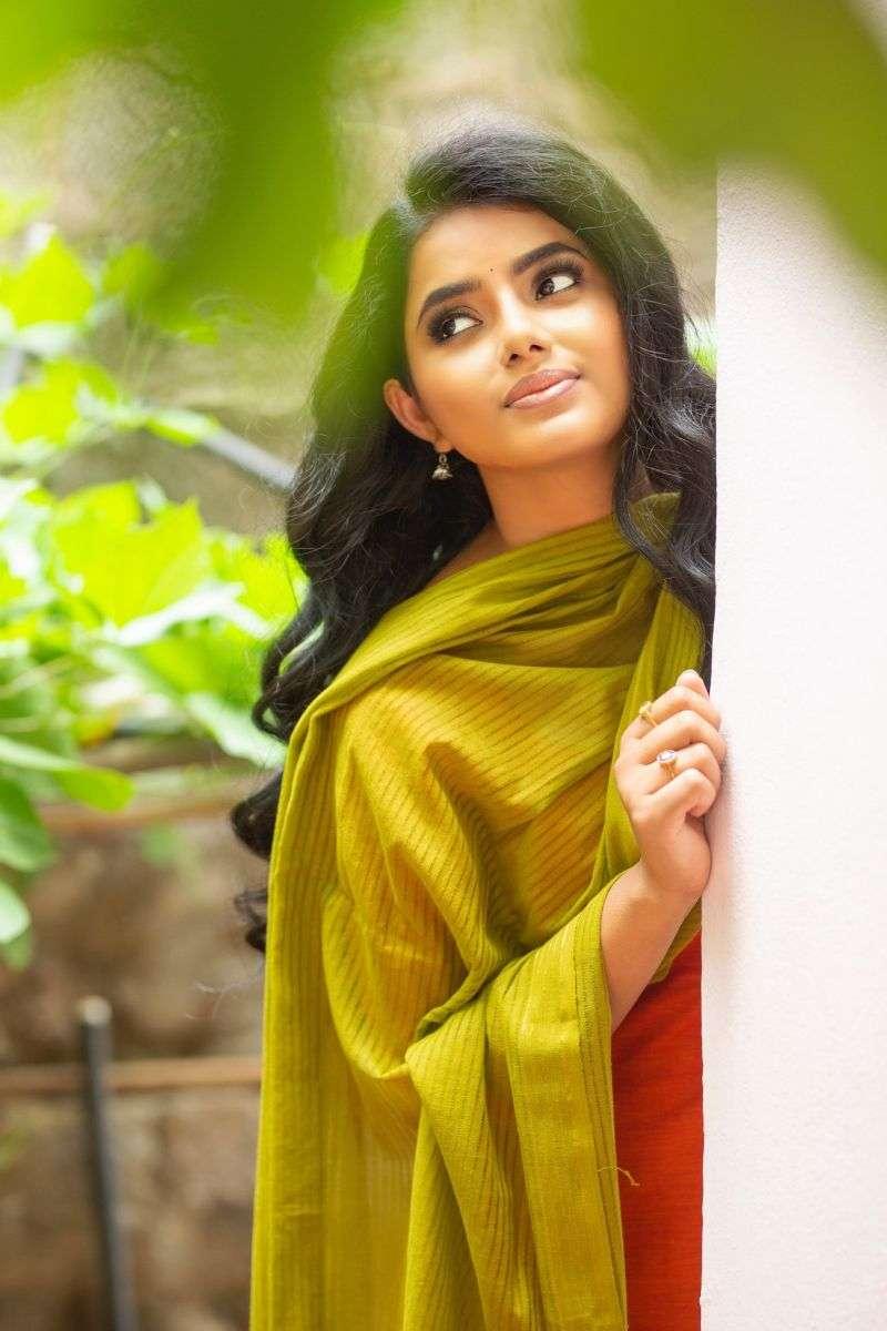 Actress Sumaya Reddy Hot Photo Shoot HD