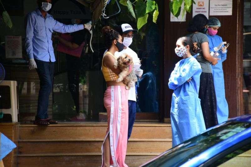 Rajkumar Rao & Patralekha spotted at bandra HD