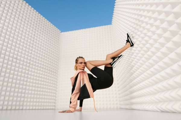 Cara Delevingne shows off long legs in Puma campaign HD