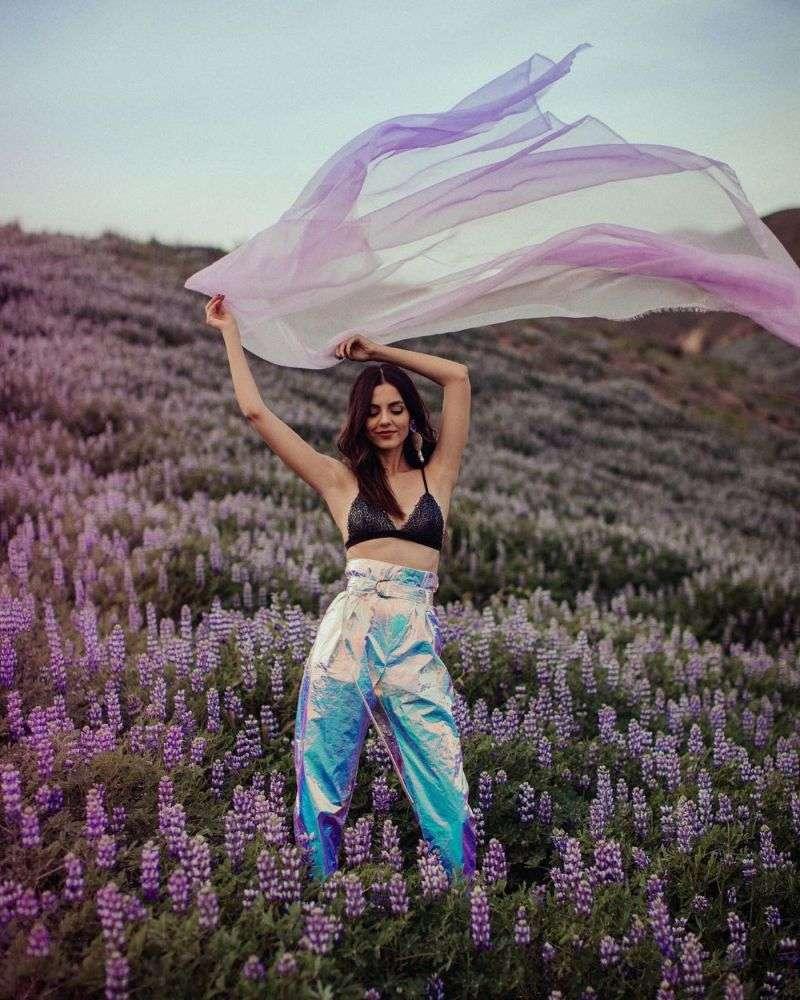 Victoria Justice Hot Photoshoot Pics HD