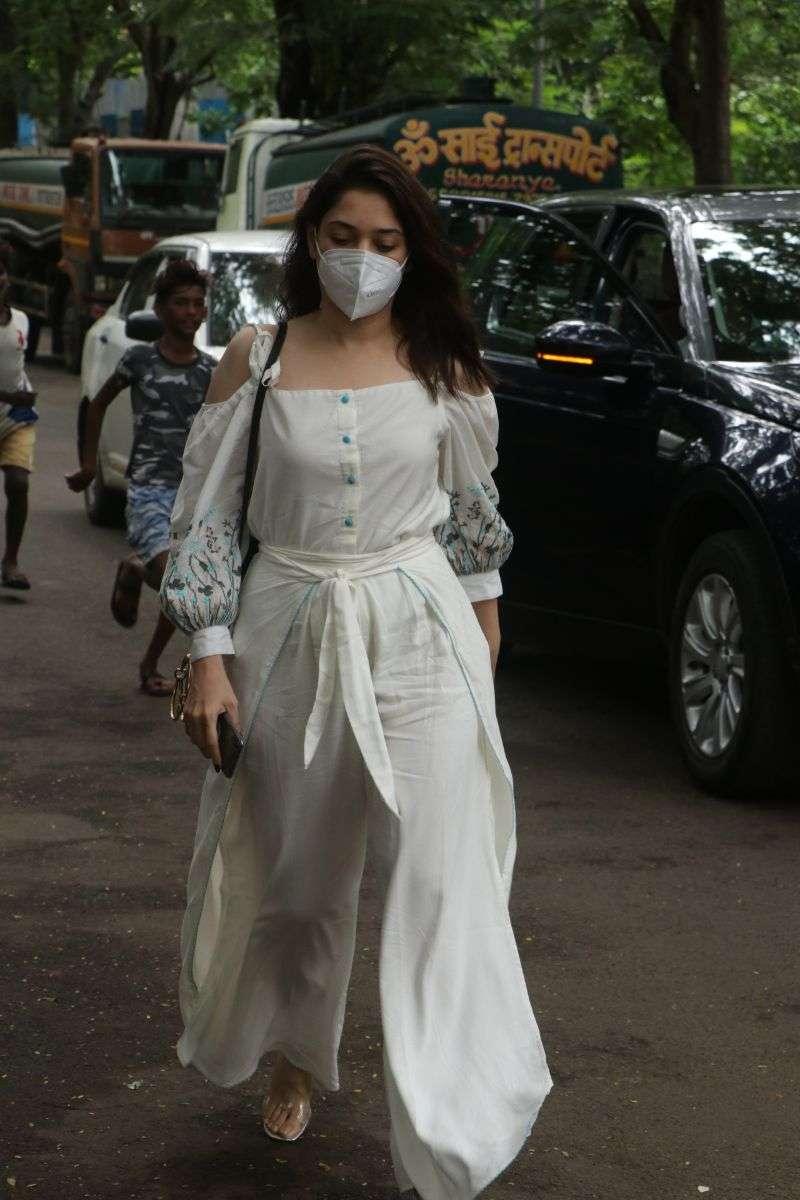 `Tamanna Bhatia Hot In White Dress at Madh Island HD photos