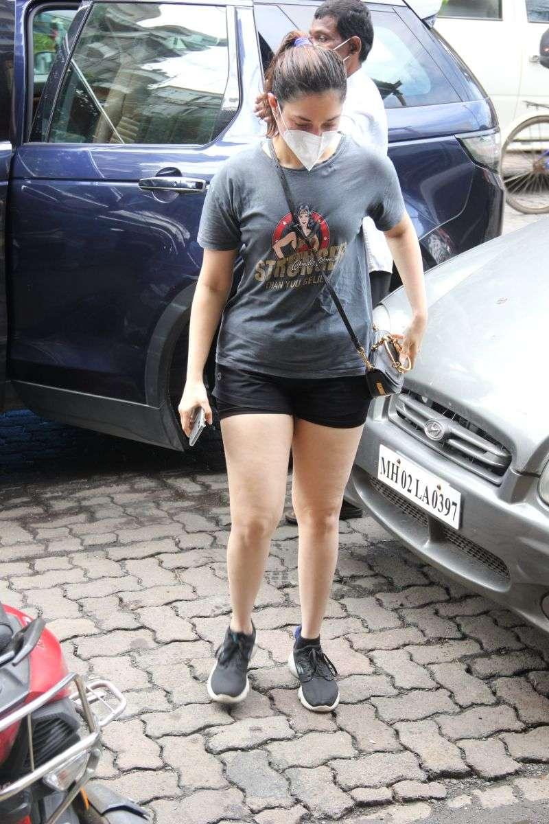 Tamanna Bhatia Hot Pics at salon in bandra HD photos