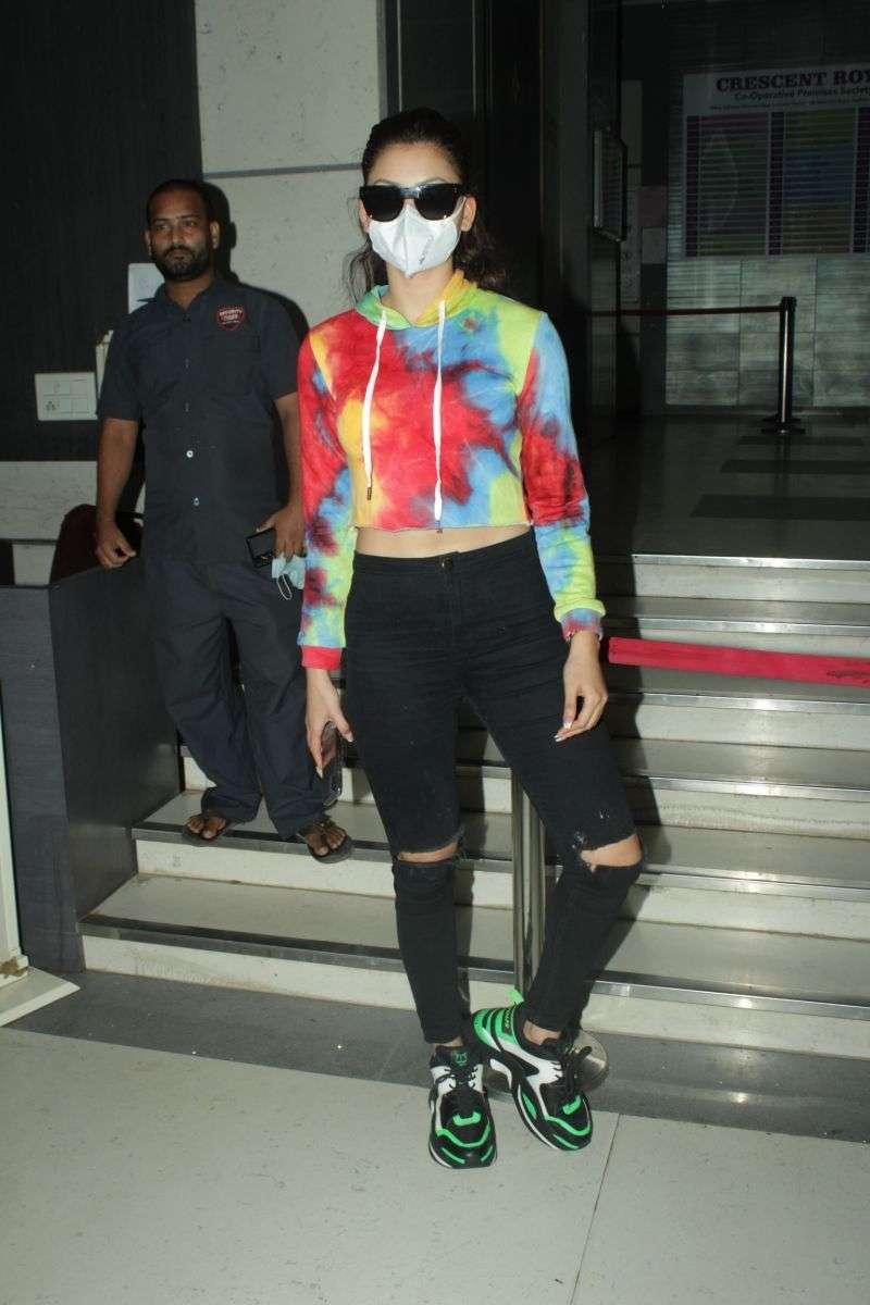 Urvashi Rautela Hot Images at andheri HD photos