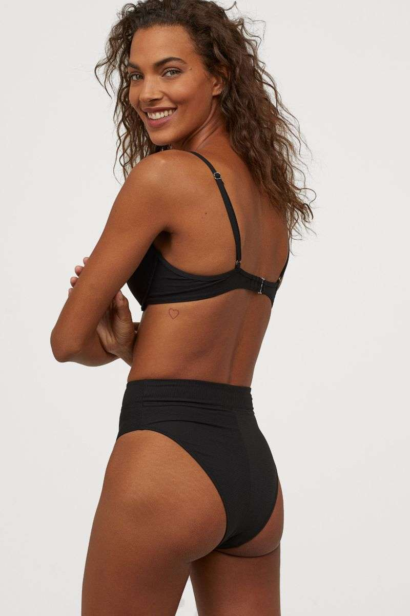 Jessica Strother Hot Bikini PhotoShoot For H&M HD