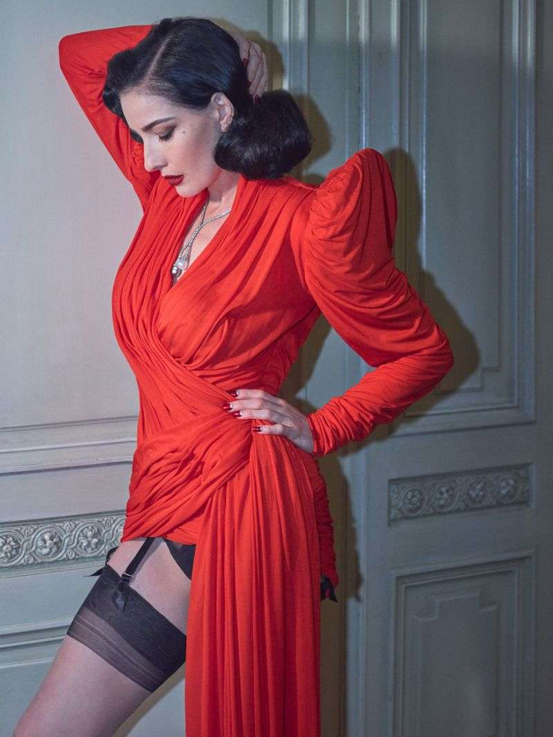 Dita Von Teese Hot PhotoShoot By Greg Swales for Narcise Magazine HD