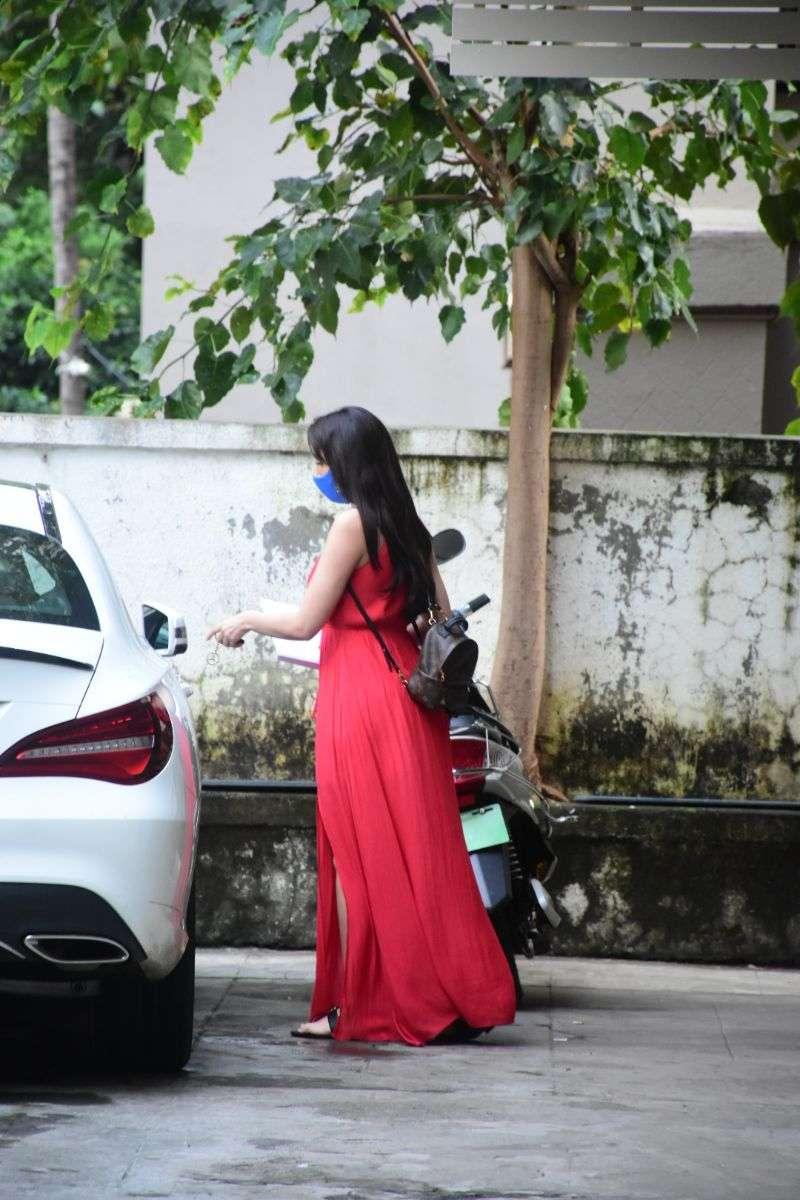 Nora Fatehi Hot Photos In Red Dress at bandra HD