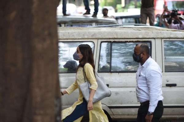 Shraddha Kapoor Arrives At NCB Office For drug racket case Photos