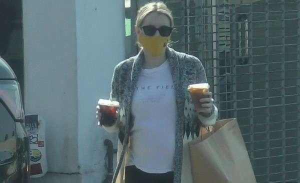 Emma Roberts goes on a solo coffee run in Los Feliz Photos HD