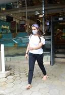 Seema Khan Spotted Food Hall At Khar Photos HD