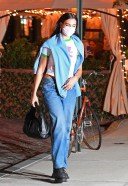 Dua Lipa -Cute Pics with her boyfriend after dinner in New York HD
