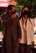 Katie Holmes Pictures Walking to late night dinner in New York HD 3