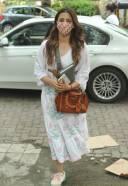 Nupur Sanon Spotted At Bandra HD Photos