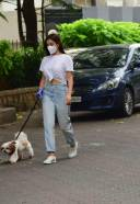 Sophie Chowdhary Spotted At Bandra HD Photos