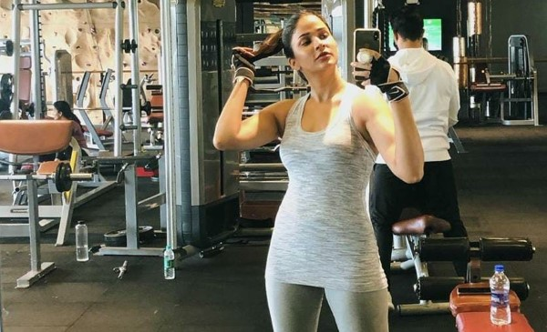 Lavanya Tripathi Hot Workout Stills HD Photos