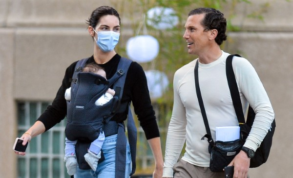 Hilary Rhoda and Sean Avery are spotted out for the first time with their newborn in New York City HD
