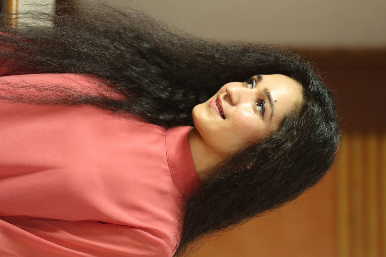 Garima Singh Hot Photos and Pics HD